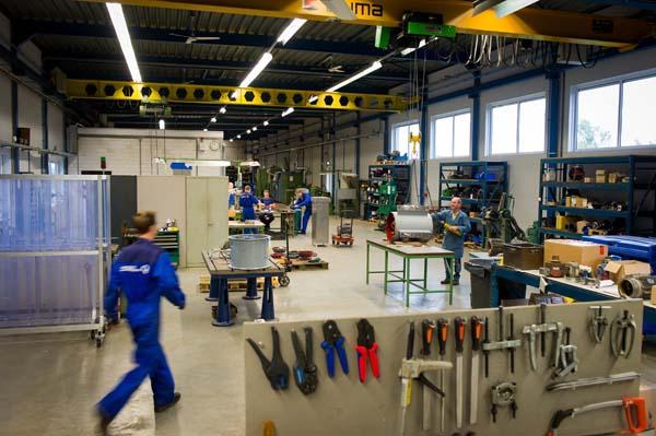 Van_Zelst_elektromotoren_werkplaats