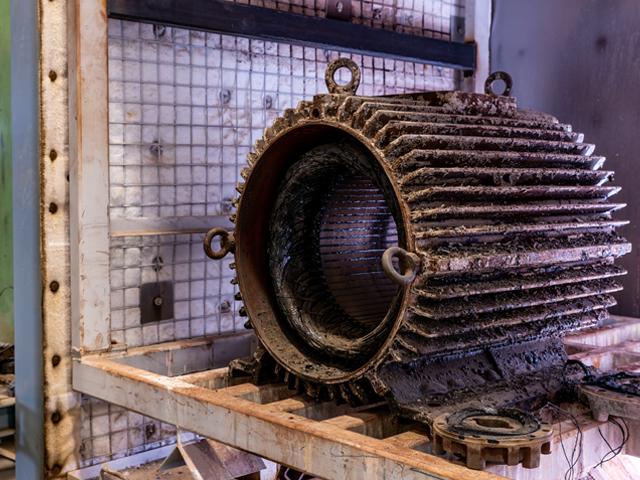 Van_Zelst_Elektromotoren_uitbrandoven